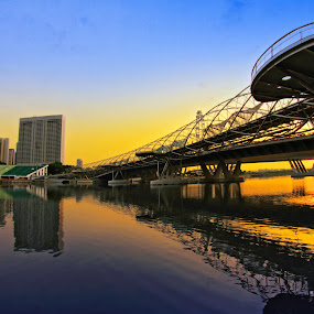 The Helix Reflection by Alit  Apriyana - Buildings & Architecture Bridges & Suspended Structures