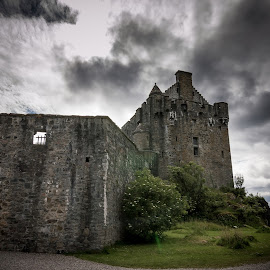 by Jason Smith - Buildings & Architecture Public & Historical ( scotland, castle, west coast )