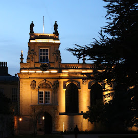 Tritiny College by Vanda Kopányi - Buildings & Architecture Public & Historical ( oxford, by night, college, lit up, building, tritiny college )