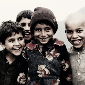 Real Happiness by XeeShan Ch - Babies & Children Children Candids ( pakistan, birangali to nathiagali, highest mountain of galiyat, trekking, happiness, kids, smile, nathiagali, miranjani, portrait )