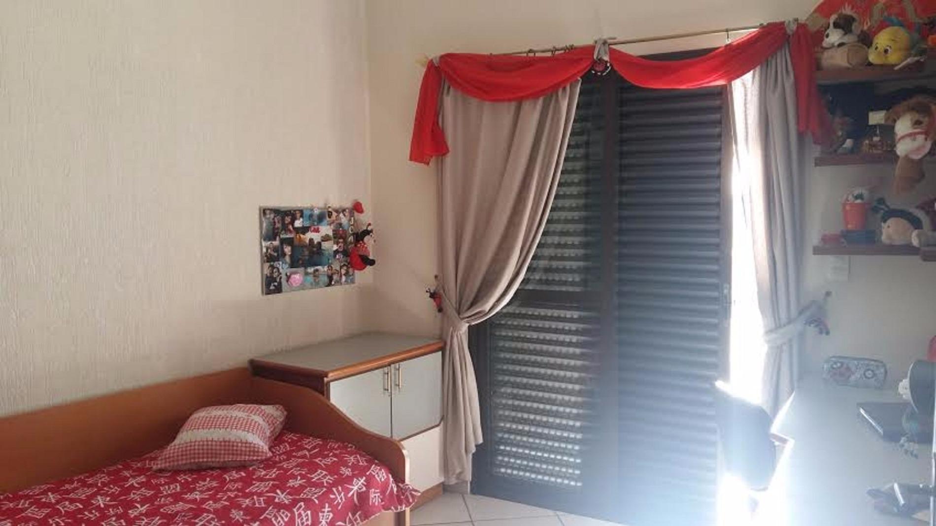 Sobrado de 4 dormitórios à venda em Jardim Do Estádio, Santo André - SP