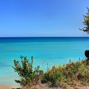 Lake Michigan Beach by Alex Heimberger - Landscapes Beaches ( wisconsin, lions den gorge, lake michigan, fresh water, beach )