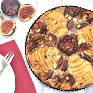 Pear & Fig Tart [vegan]