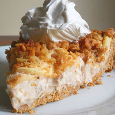 Apple Crisp Cheesecake [Vegan]