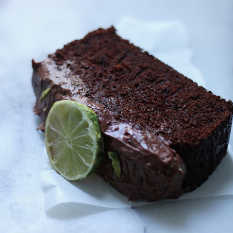 Dark 'N' Stormy Chocolate Pound Cake