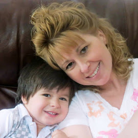 My Mommy is the prettiest one by Beth Bowman - People Family