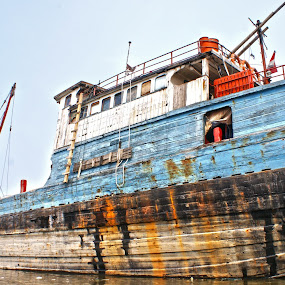 Old Ship by Mulawardi Sutanto - Transportation Boats ( port, old, wood, ship, jakarta )