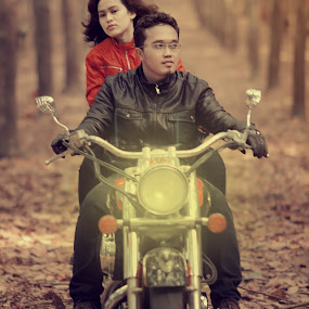 by Dimas Winarto - People Couples ( unique, bike, forrest, couple, cute )