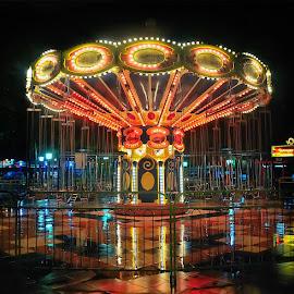 by Daniel Chang - City,  Street & Park  Amusement Parks