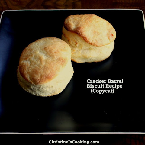 Cracker Barrel Biscuit Recipe (Copycat)