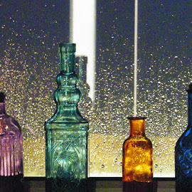 by Laura Wiggins - Artistic Objects Glass