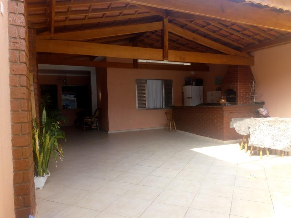 Casa / Sobrado à Venda - Jardim Jovaia