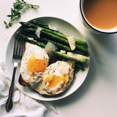 Simple Asparagus & Eggs on Toast Breakfast