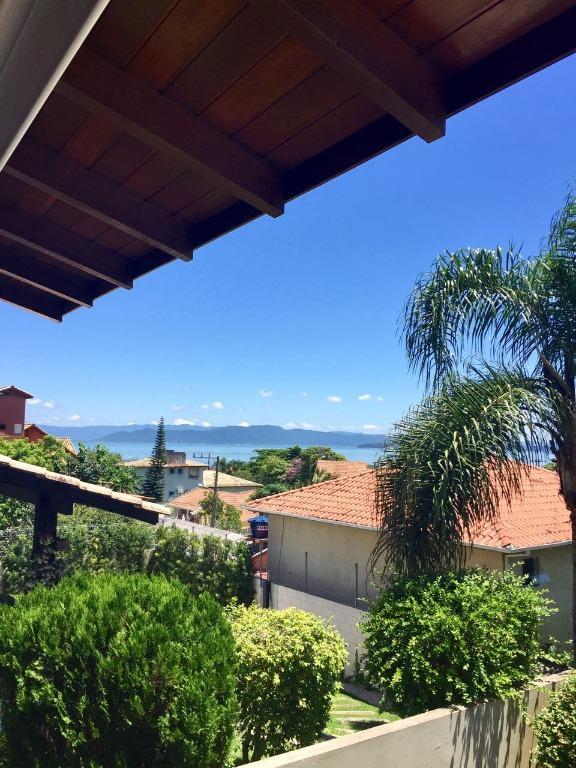 Casa 3 Dorm, Cacupé, Florianópolis (CA0413) - Foto 2