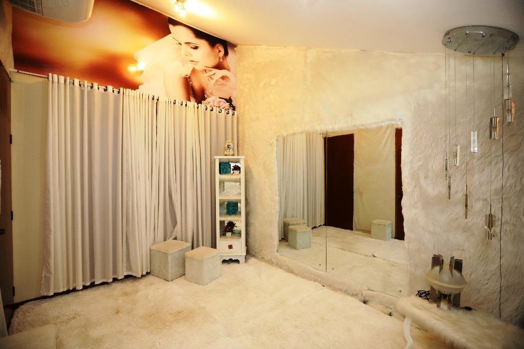 Casa para Venda 312 m²  com 4 quartos