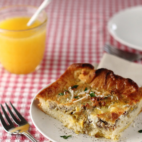 Sausage, Egg and Cheese Breakfast Casserole