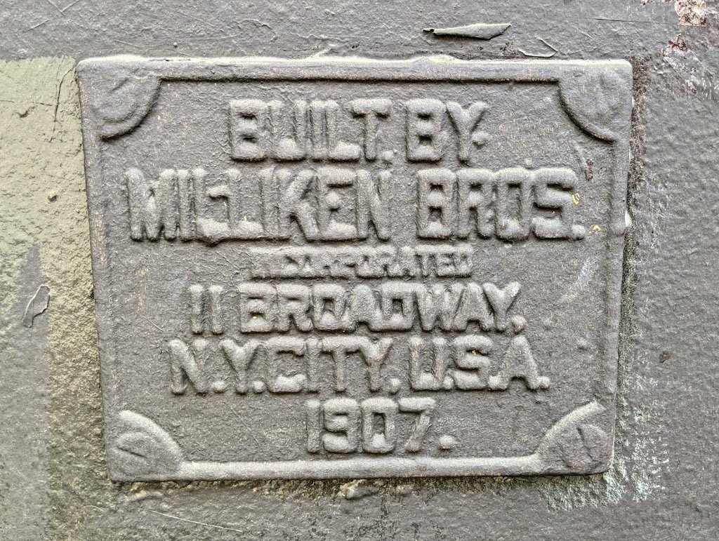 Built by Milliken Bros.Incorporated11 Broadway,N.Y. City, U.S.A.1907. Submitted by @lampbane