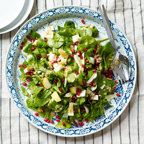 Chopped Spinach and Pear Salad with Sherry Vinaigrette