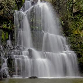 Fervença by Nuno Miguel Valente - Landscapes Waterscapes ( nature, waterscape, natureza, waterfall, sintra, longa exposição, long exposure, nuno valente fotografia, portugal, multi blending, cascata )