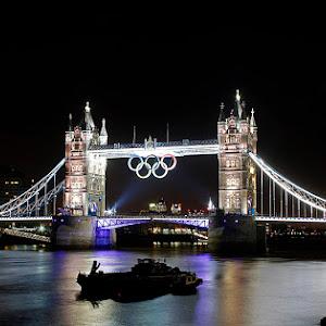 Tower Bridge With Olympic Rings.jpg