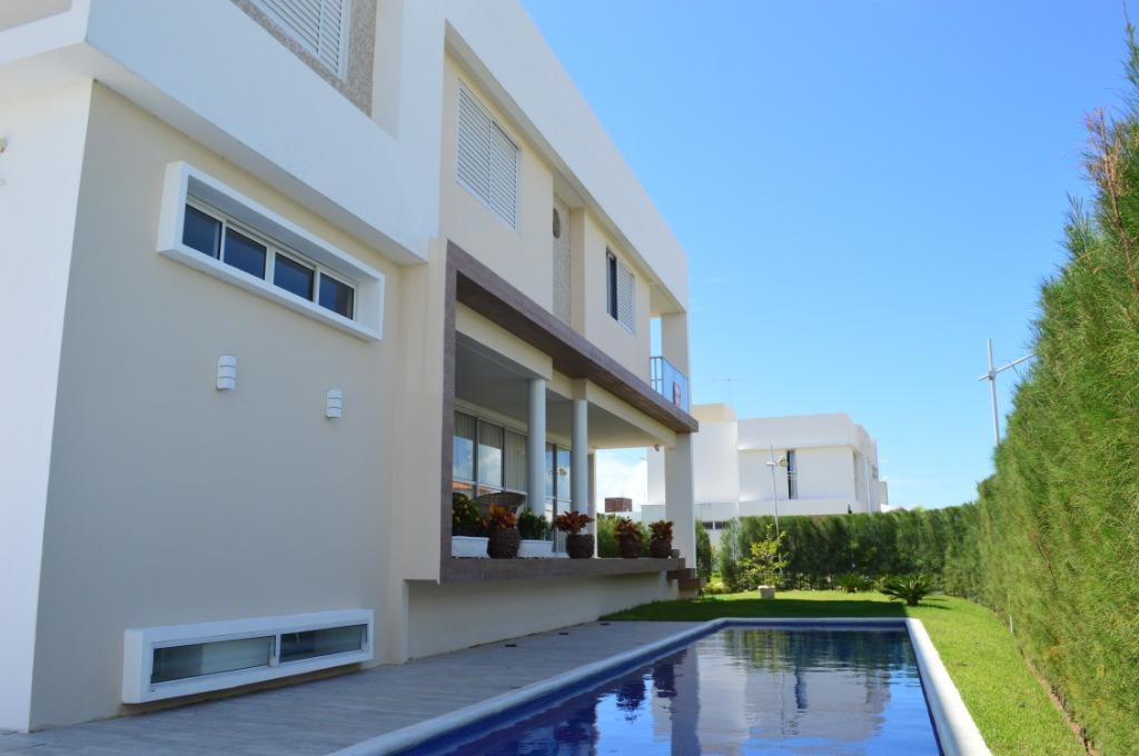 Casa com 4 dormitórios para alugar, 460 m² por R$ 12.000/mês