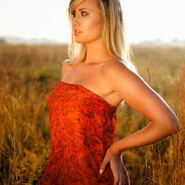 Angelica field by Phil Anderson - People Portraits of Women ( field, fujifilm, sunrise, profoto, portrait )