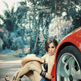 ::HIDE & SEEK:: by Agus Wahyu - People Fashion