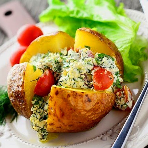 Baked Potato With Cottage Cheese And Cherry Tomatoes