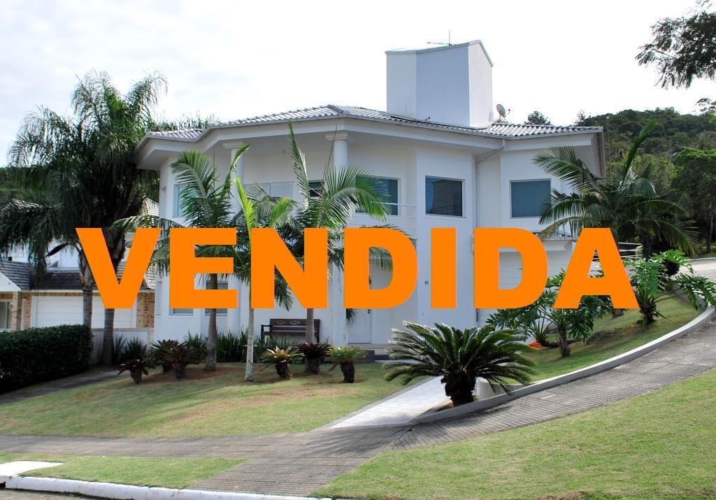 Metta Imobiliária - Casa 4 Dorm, Cacupé (CA0012)