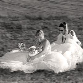 by Miranda Legović - Wedding Getting Ready
