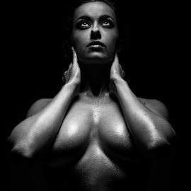 Perfect V shape by Paul Phull - Nudes & Boudoir Artistic Nude ( body, sexy, lighting, black and white, shape )