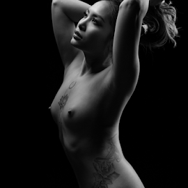 vietnamese pearl by Reto Heiz - Nudes & Boudoir Artistic Nude ( studio, nude, black and white, beautiful, nudeart, lowkey )