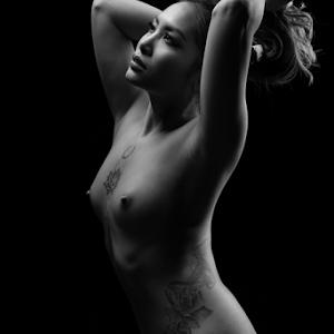 nudeart_©_by_Reto_Heiz-6021.jpg