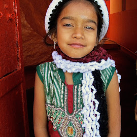 ALL DRESSED UP by Doug Hilson - Babies & Children Children Candids ( fashion, little girl, india, portrait, dressed up )