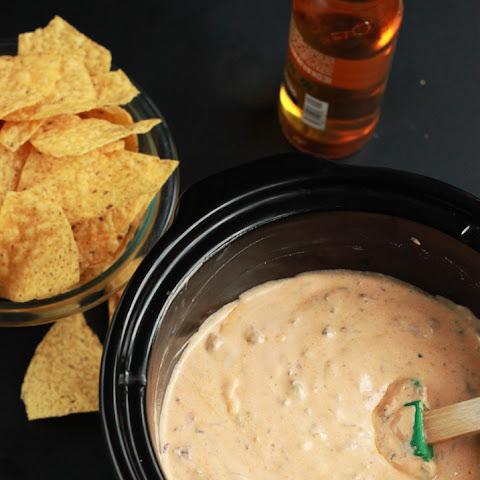 Slow Cooker Short Rib Queso