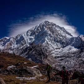 Call of the Mountains by Akashneel Banerjee - Instagram & Mobile Android ( nature, himalaya, ebc, trekking, mobileclick, landscape )