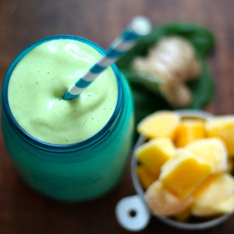 Ginger Mango Spinach Smoothie