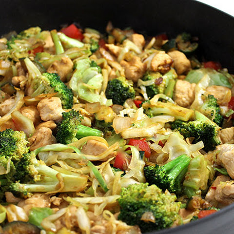 Deliciously Skinny, Chicken and Veggie Stir-Fry