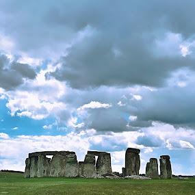 Stonehenge  by Victor Quinones - Buildings & Architecture Public & Historical ( stonehenge )