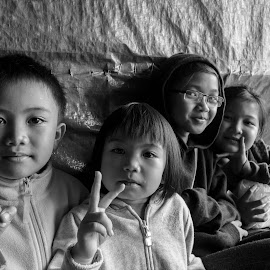 The Nabalu Childs on PEACE by Alen Thien - People Street & Candids ( #pray4mountkinabalu, #peace, #sabah, #nabalu, #blacknwhite, #pray4sabah )