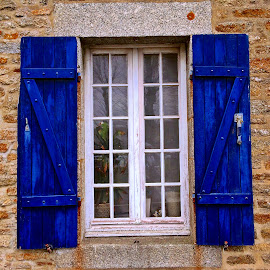 Window by Dobrin Anca - Buildings & Architecture Architectural Detail ( window, blue, colorful, chateaulaudren, street )