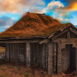 viking home by André Figueiredo - Buildings & Architecture Decaying & Abandoned