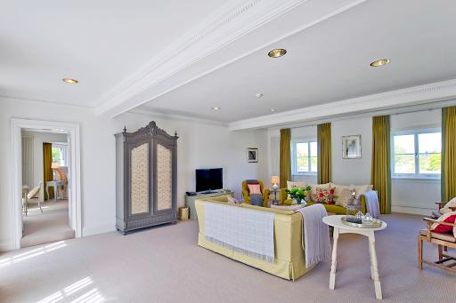 1 BR Park Suite