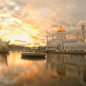Brunei's Historical Building by Al Afyz - Buildings & Architecture Public & Historical