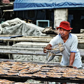The Fisherman by Basuki Mangkusudharma - People Street & Candids ( fisherman )