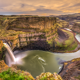 Palouse Falls at sunset by Kathy Dee - Landscapes Waterscapes ( clouds, palouse, waterfalls, waterfall, state, pacific, canyon, northwest, travel, washinton, sunset, eastern, rocks, river,  )