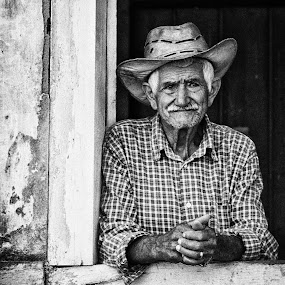 Old Men! by Gilberto Jr. - People Portraits of Men ( old, b&w, farmer, window, men, house, city )