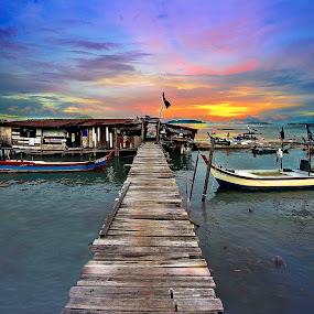 Jelutong, Pulau Pinang. by Hendrik Cuaca - Landscapes Travel