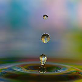 ... by Hale Yeşiloğlu - Abstract Water Drops & Splashes ( water, abstract, splash, abstract art, drop, drops )