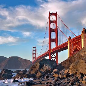 San Fransisco's Icon by Ann J. Sagel - Buildings & Architecture Bridges & Suspended Structures ( san fransisco, golden gate, bridge )
